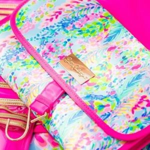 NWT Lilly Pulitzer Catch the Wave cosmetics bag